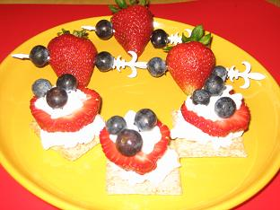 Triscuits, cottage cheese, strawberries, blueberries